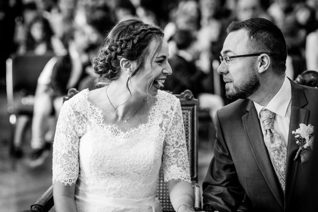 rires - couple - Photographe de mariage - La ferme du Grand MArcha - MAirage enghien - Photographe Enghien