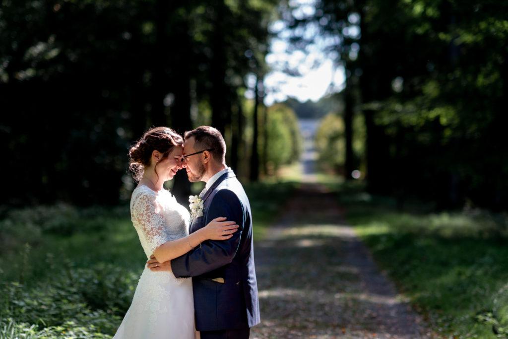 ombre et lumière - couple - Photographe de mariage - La ferme du Grand MArcha - MAirage enghien - Photographe Enghien