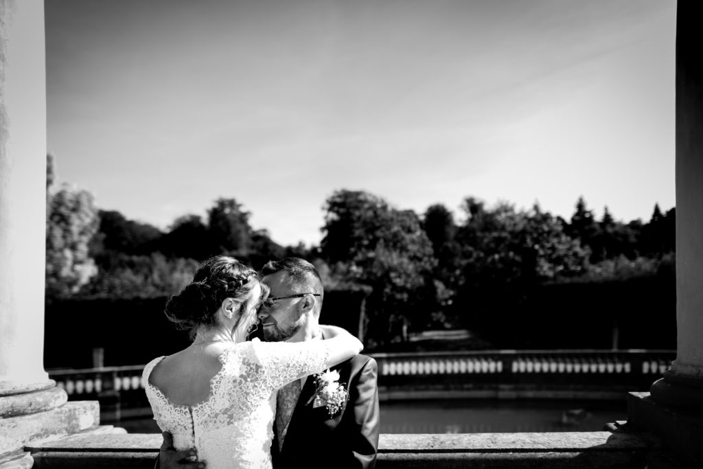 Couple - Amour - Photographe de mariage - La ferme du Grand MArcha - MAirage enghien - Photographe Enghien