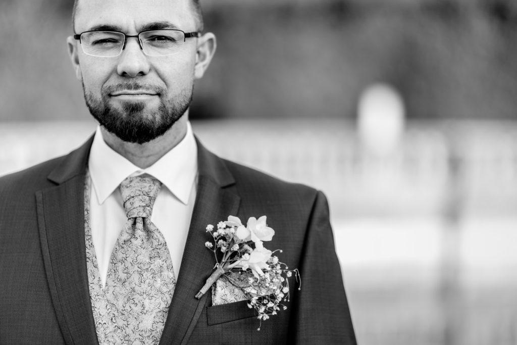 Portrait - marié - Photographe de mariage - La ferme du Grand MArcha - MAirage enghien - Photographe Enghien