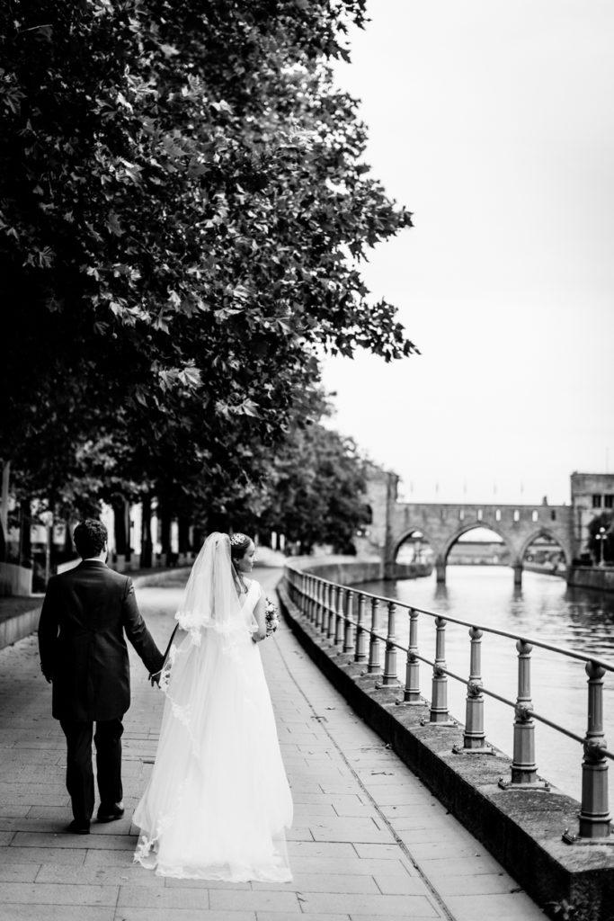 Mariage Pont des trous - Doisneau